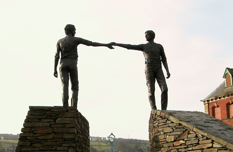 2019.06.23_Statues-The-Divide-Northern-Ireland