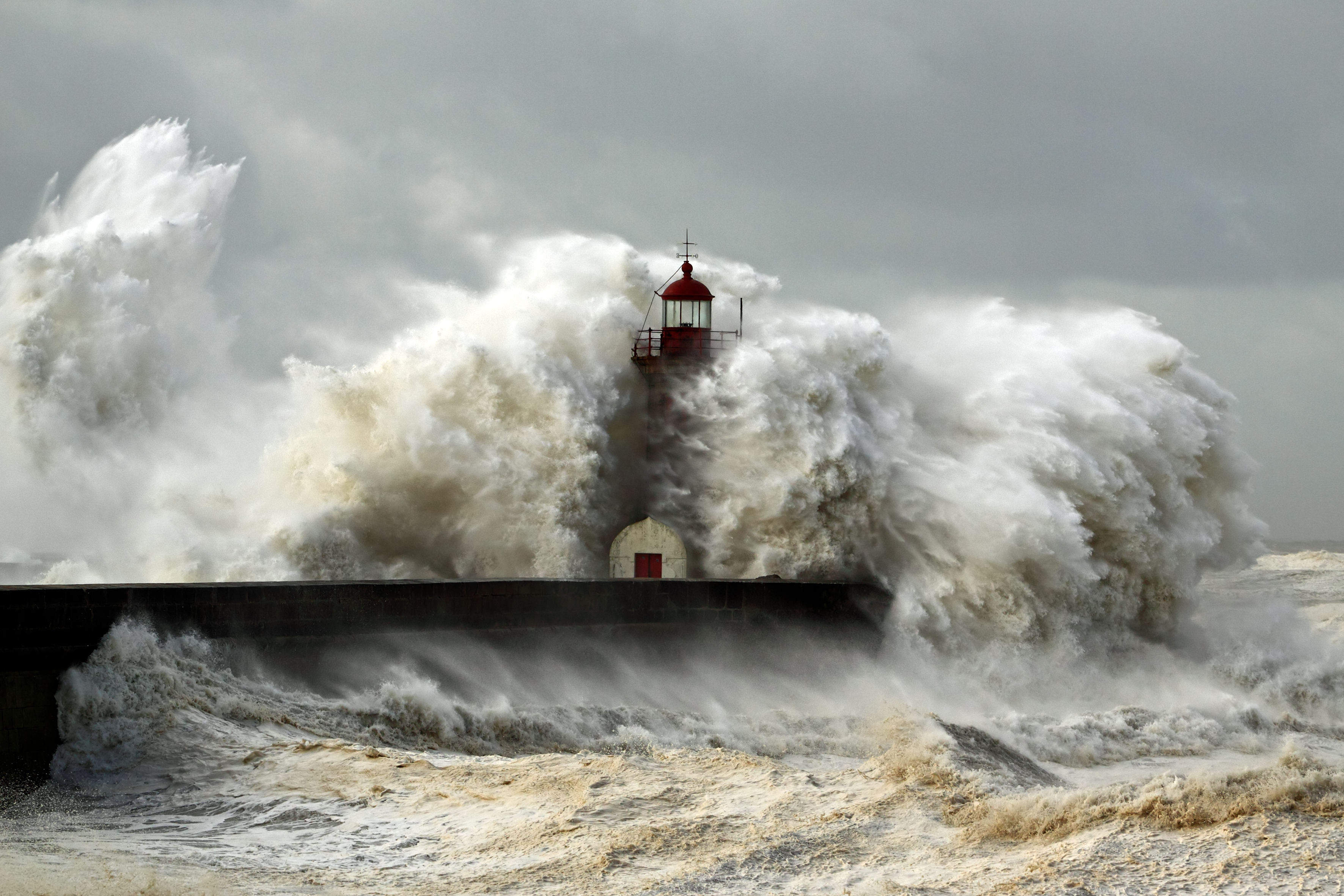 2020.02.02_Lighthouse_storm